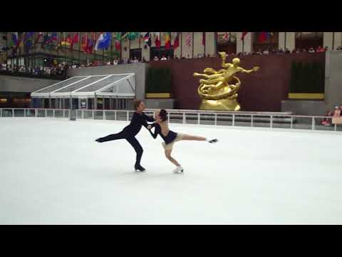 Meryl Davis & Charlie White - Rockefeller Center Rink NYC October 11, 2017