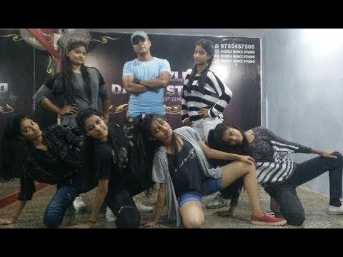 Socha Hai || Baadshaho || Hip Hop Dance Choreography || Komal Verma