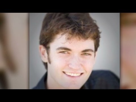 FBI busts founder of online drug market silk road