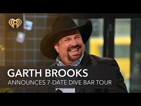 garth-brooks-announces-7-date-dive-bar-tour-|-fast-facts