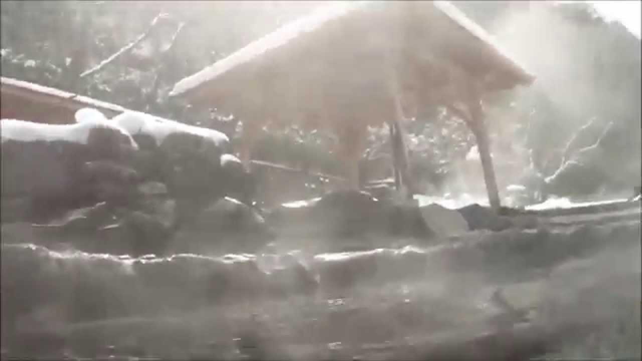 湯原温泉 混浴露天風呂の貴重な水中映像