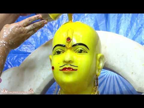 Bhuj Mandir - Sarvamangal Smruti Mahotsav - Day 5 Abhishek and Morning Katha
