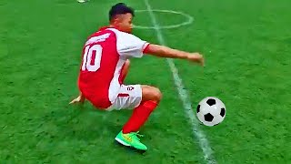 BEST OF - TOP 100 SOCCER FOOTBALL FAILS 2015(Ultimate Funny Soccer Moments & Fails Compilation 2015 - Best of TOP 5 Funny Football Youtube Free Kicks, Shots, Fails & Mistakes in Sport Soccer Football ..., 2015-04-19T18:00:00.000Z)