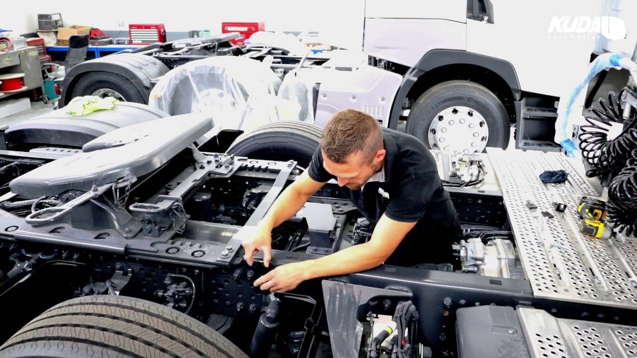 MB Actros Kuda Chassis In Fill Fitting Guide - Catwalk