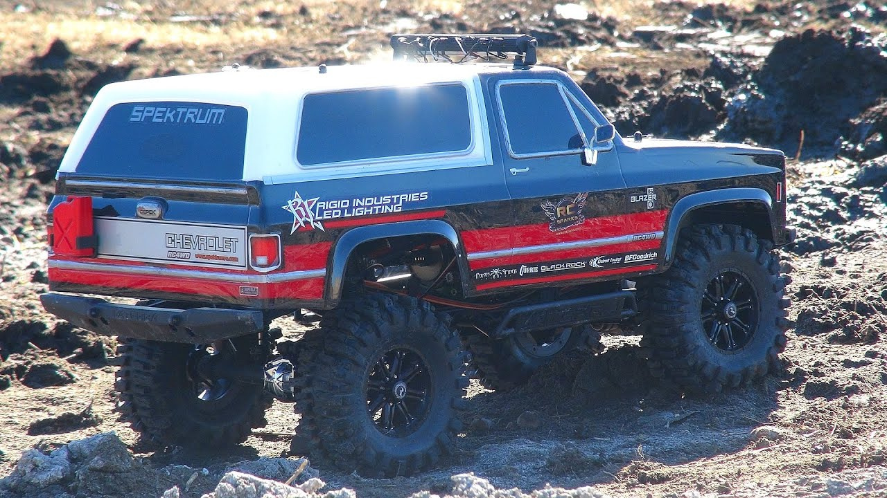 Chevy Blazer 2015 >> RC ADVENTURES - Mud Bogging in a Chevy K5 Blazer 4x4 - Vaterra Ascender - YouTube