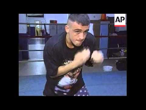 USA: KOSOVAR ALBANIAN BOXER PREPARES FOR FIGHT