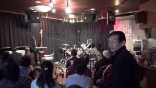 2016/11/6 石川県白山市の溜まりbar夕焼けにて。 聞いても弾いても楽し...