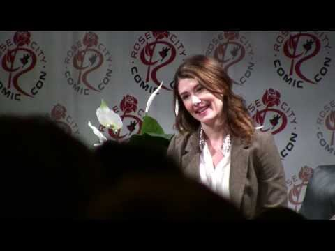 Jewel Staite at Rose City Comic Con 2013