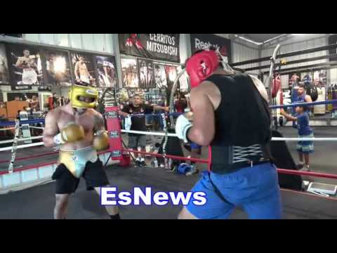 Mexican Olympian Misael Rodriguez Exchanging Huge Punches In Sparring EsNews Boxing