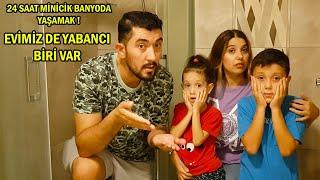 24 Saat Minicik Banyoda Yaşamak!! EVİMİZDE YABANCI BİRİ VAR BABİŞKO TV