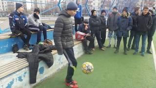 /// Рекорд Киева по набиванию мячом /Это надо видеть /Kyiv record for ball filling/ (2016)