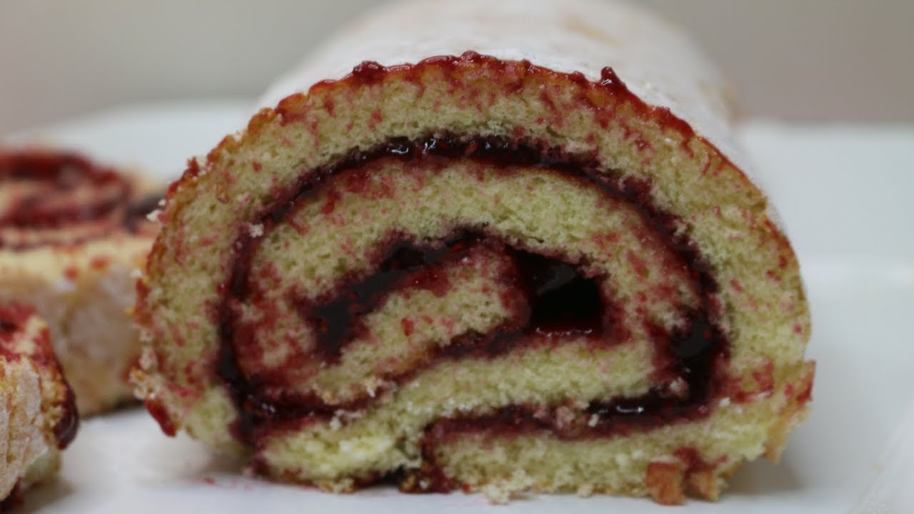 Jelly Roll Cake Recipe And Procedure: How To Make A Raspberry Jelly Roll