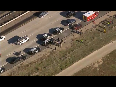 NOW: CAR CHASE! Police pursuit in Los Angeles County