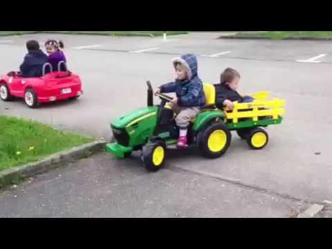 kinder traktor youtube. Black Bedroom Furniture Sets. Home Design Ideas