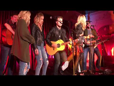 Country music week tribute to Tom Petty