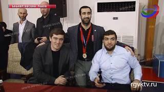 Юношеский турнир по вольной борьбе прошел в Бабаюртовском районе