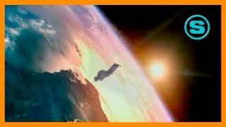 видео Топ 10 прыжков из стратосферы