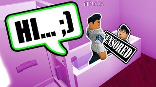 IL'S WATCHING ME IN THE BATH!! (Roblox Bloxburg)