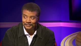 GZA freestyles about the universe in an interview with Neil deGrasse Tyson