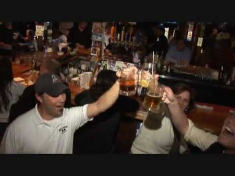 Red Parka Steakhouse and Pub, Glen, NH 2012 - YouTube