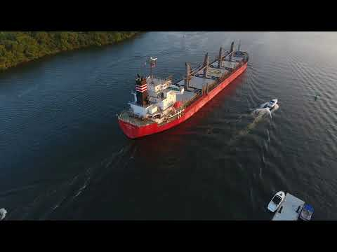 "ship fly around - ""Global Round""// Delaware River near Bristol"