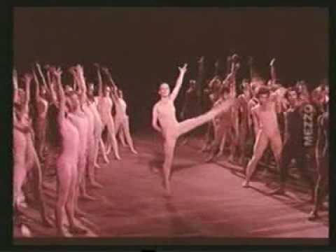 Igor Stravinsky - Le Sacre du Printemps (Le Sacrifice: Danse Sacrale)