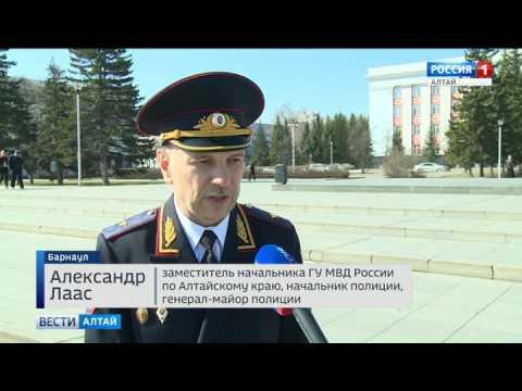 Алтайские полицейские сменили форму одежды на летнюю