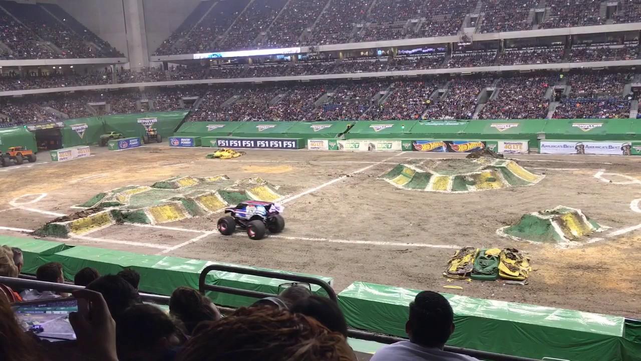 Lucas Oil Successful Backflip Monster Jam San Antonio