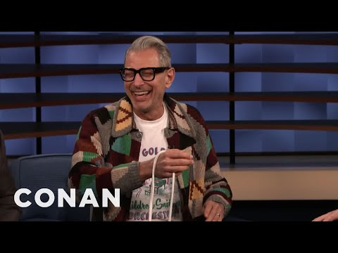 Jeff Goldblum Doing Rope Tricks On 'Conan' Is Peak Internet Daddy