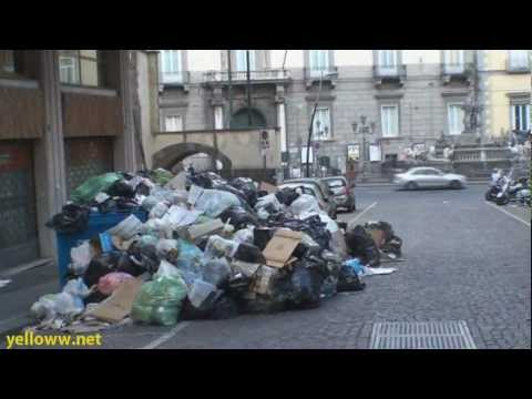 Naples Italy - The City of Trash