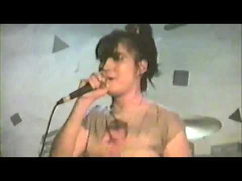 Bikini Kill live at TT the Bear's Place. Cambridge 1996