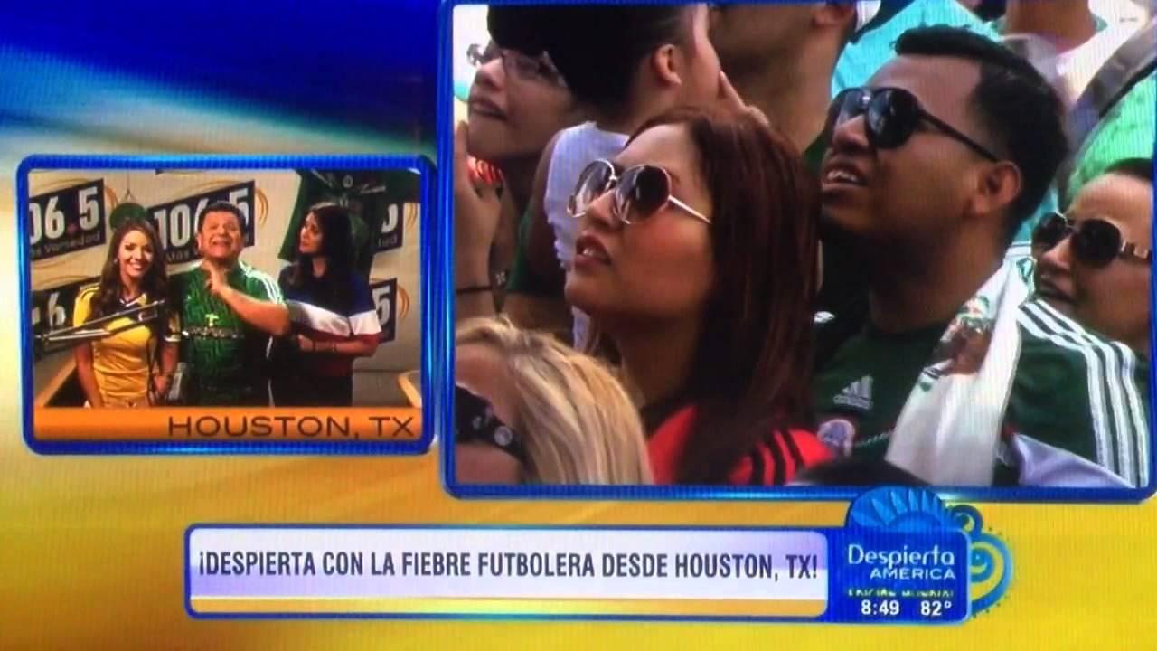 Laura Sierra En Despierta América Con La Fiesta Futbolera Youtube
