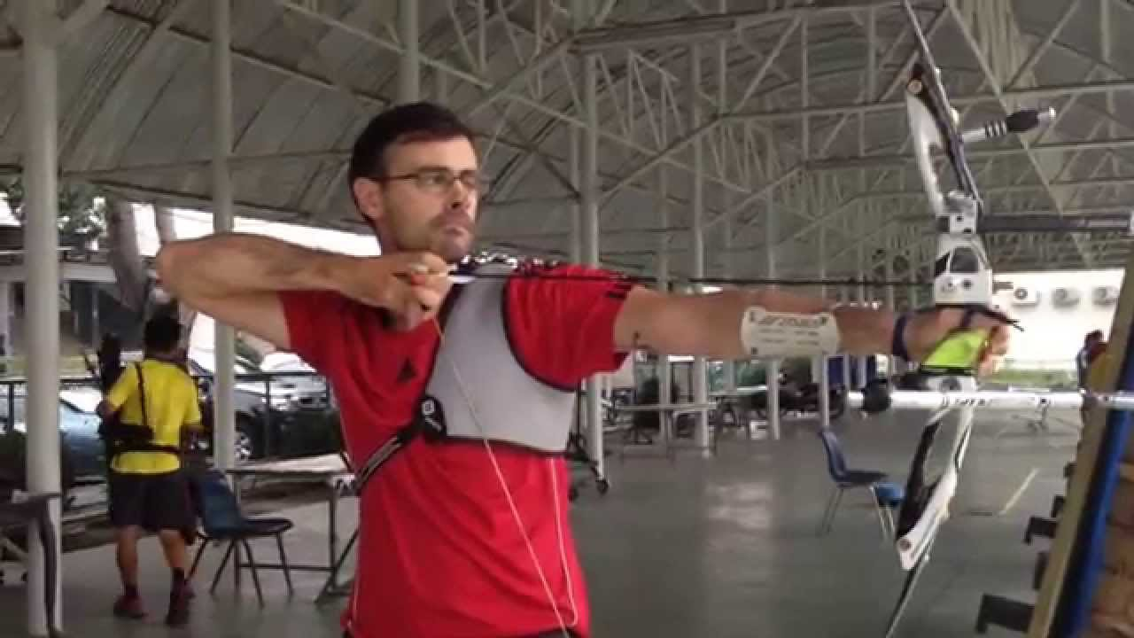 Recurve archery perfect shooting form - YouTube