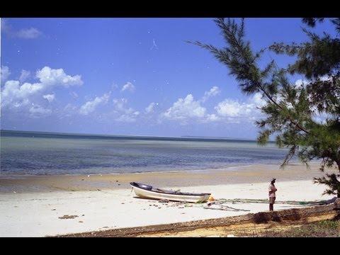 Inhassoro, Mozambique. Travel guide.