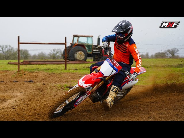 Proper Body Position on Your Dirt Bike Explained