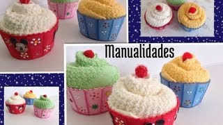 Repeat youtube video CUPCAKES O PANQUECITOS HECHOS CON TOALLITAS FACIALES Y FOAMY .- CUPCAKES MADE WITH WASHCLOTHS .