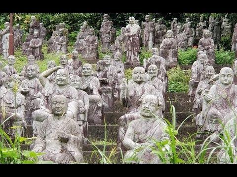 Что на самом деле происходит в японском парке скульптур, который наводит страх на туристов
