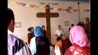 جزائري يختبئ في كنيسة لكي لا يتم ترحيله إلى الجزائر.