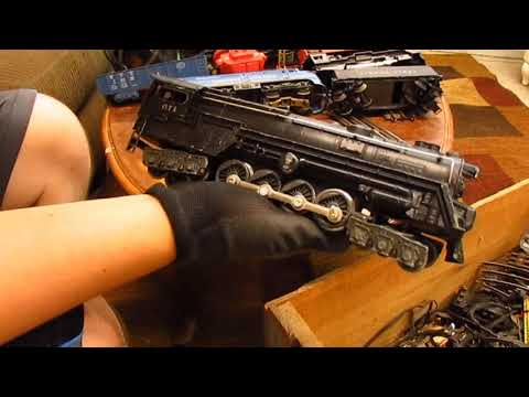 Finding Vintage Lionel Trains – Unboxing Attic Find