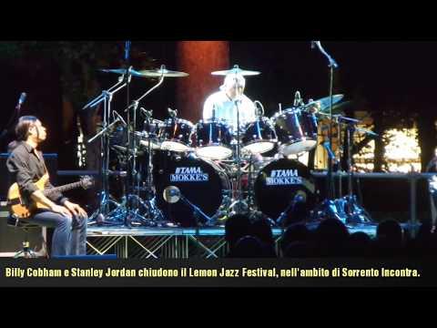 Serata finale del Lemon Jazz, con Billy Coban e Stanley Jordan e Christian Galvez.