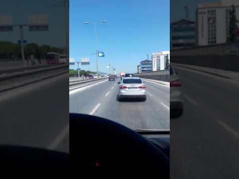 Arabada müzik dinleyip Video çekmek güzel değilmi sizcede :)