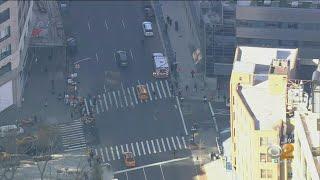 Stabbing Investigation In Manhattan