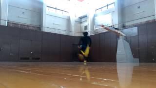 176cm片足踏み切りのリングジャンプ(one foot jump-rim touch)