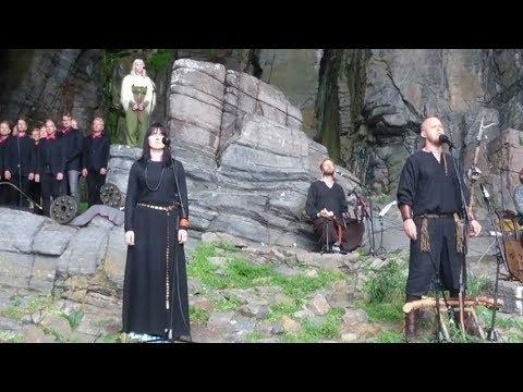 Aurora-Helvegen-Lyrics.