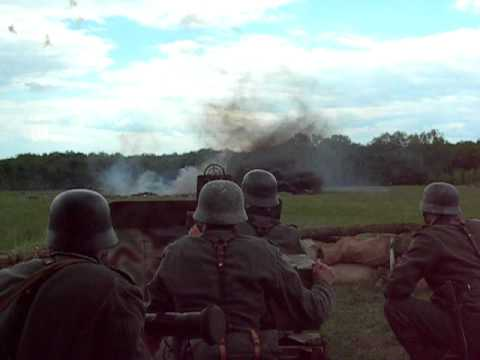 WW2 REENACTING Anti Aircraft FlaK Gun 20mm - German Wehrmacht - Eastern Front Battle
