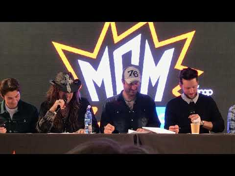 Nolan North, Troy Baker and guests reenact Braveheart Twisted Toons Panel MCM Comic Con Glasgow 2018