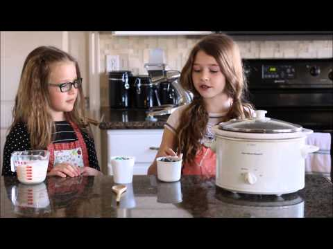 So Easy A Kid Can Do It!  Slow Cooker Mint Chocolate Fudge Sauce