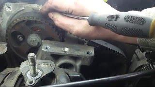 Renault Laguna 2. Wymiana paska rozrządu, napinacza i pompy płynu chłodzącego (włącz napisy)