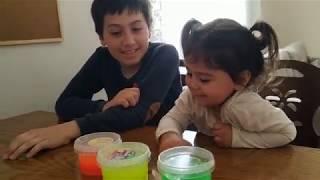 Ayşe Ebrar Slime ile Oynadı. Oyuncakları Slime İçine Yapıştı Kaldı. For Kids Video