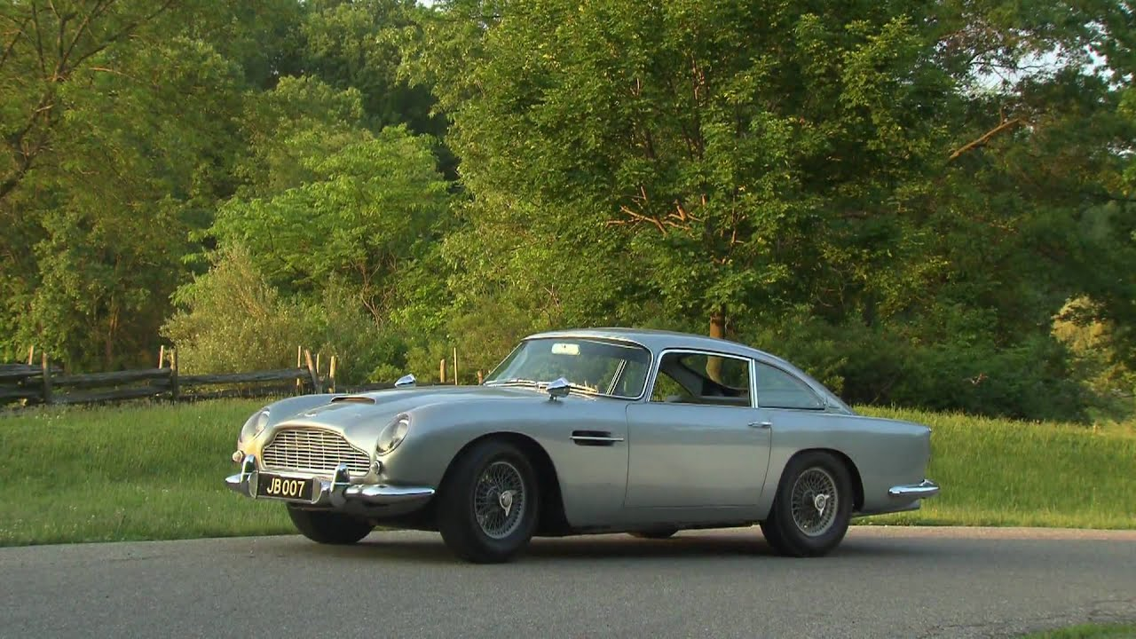 "Mobil Aston Martin James Bond di Film ""Goldfinger"" Akan Dilelang"